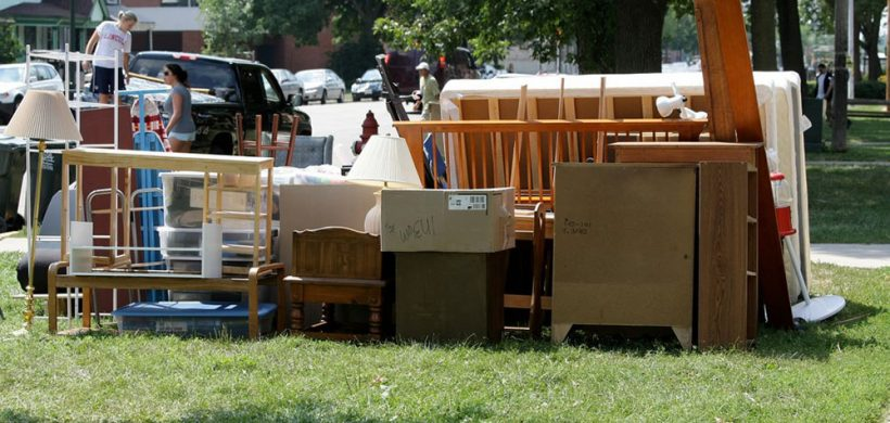 Movers are Late – What Should You Do